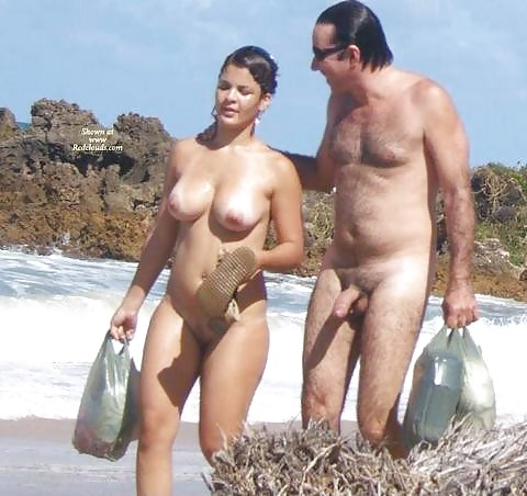 couple nudists
