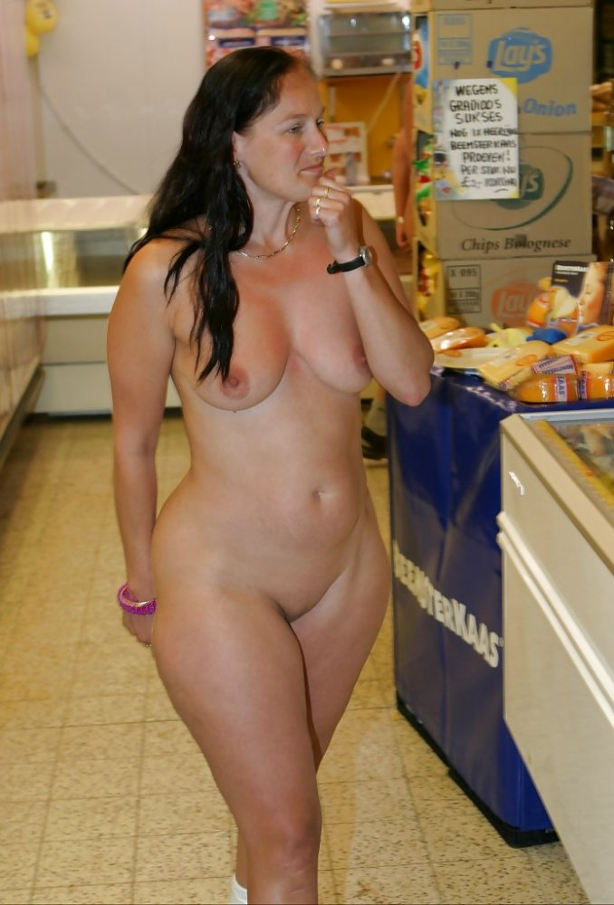 sexy girls shopping