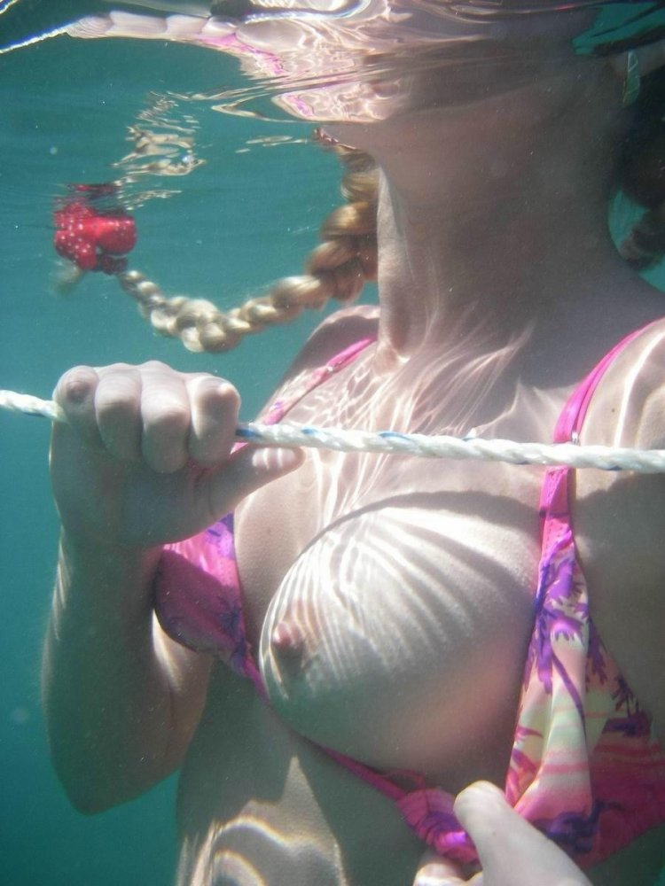 Waterpark Boob 18
