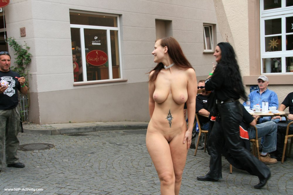 rate naked russian women